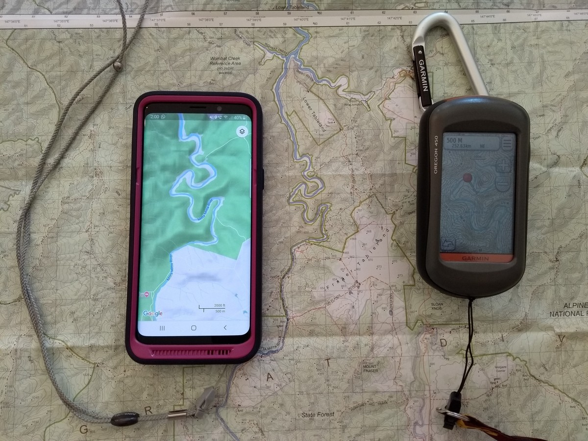 Mobile phone and GPS